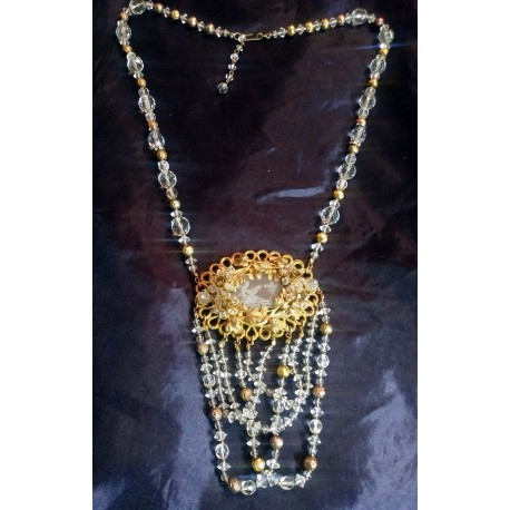 1960's Original ETCHED CRYSTAL ameo Neckalce