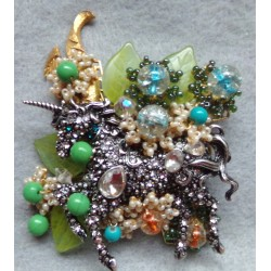 UNICORN GARDEN Brooch