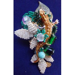 Lizard in Leaves brooch